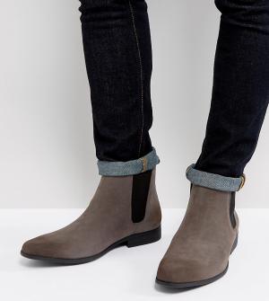 ASOS Серые ботинки челси для широкой стопы из искусственной замши. Цвет: серый