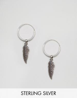 Kingsley Ryan Серебряные серьги-кольца с листиками. Цвет: серебряный