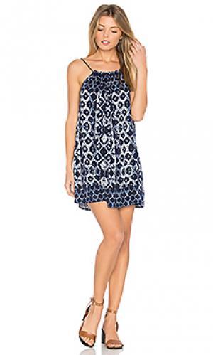 Платье lyndon BB Dakota. Цвет: синий
