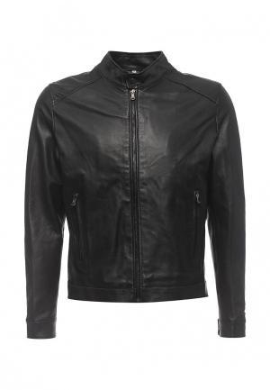 Куртка кожаная Bata. Цвет: черный