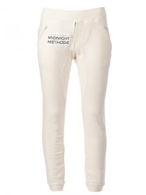 Спортивные брюки кроя слим 00:00:Mm Midnight Methods. Цвет: белый