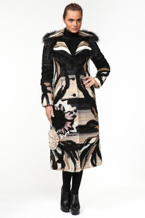 Пальто Yuko-Selena. Цвет: черный