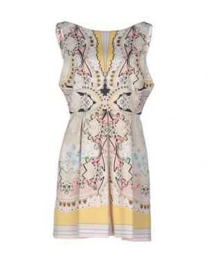 Короткое платье PICCIONE•PICCIONE. Цвет: слоновая кость