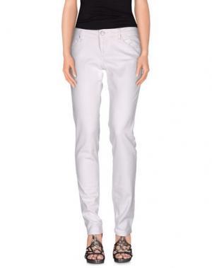 Джинсовые брюки ACHT. Цвет: белый