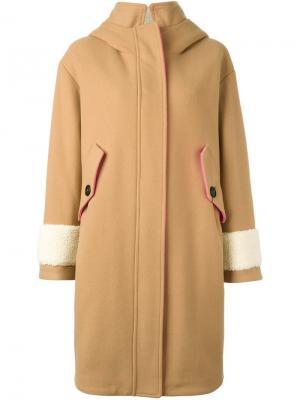 Пальто из овчины с капюшоном Bazar Deluxe. Цвет: телесный