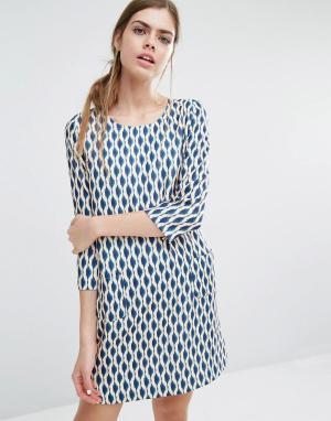Suncoo Цельнокройное платье с геометрическим принтом Candy. Цвет: мульти