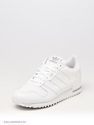 Кроссовки ZX 700 Adidas. Цвет: белый