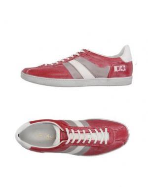 Низкие кеды и кроссовки D'ACQUASPARTA. Цвет: красный