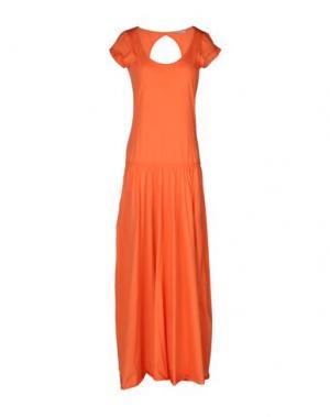 Длинное платье TUA NUA. Цвет: лососево-розовый