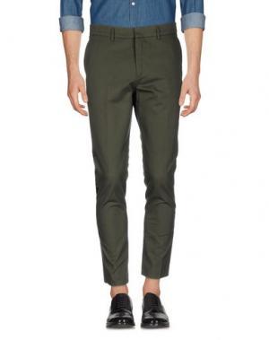 Повседневные брюки THE EDITOR. Цвет: темно-зеленый