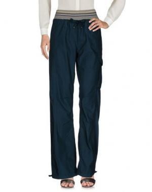 Повседневные брюки MEETING. Цвет: цвет морской волны