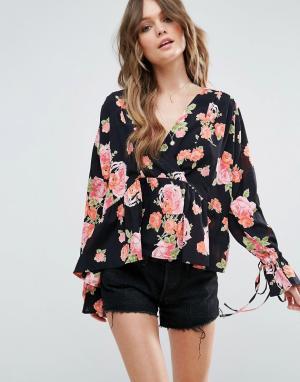 ASOS Oversize-блузка с запахом и цветочным принтом. Цвет: мульти