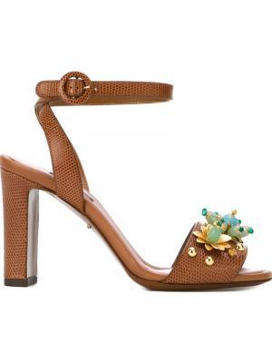 Декорированные босоножки Dolce & Gabbana. Цвет: коричневый