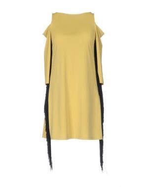 Короткое платье DV ROMA. Цвет: желтый