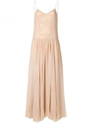 Длинное расклешенное платье Forte. Цвет: телесный