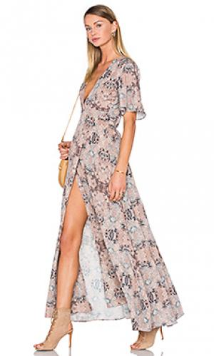 Макси платье с запахом blaire House of Harlow 1960. Цвет: nude