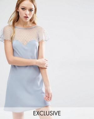 Reclaimed Vintage Платье с полупрозрачной вставкой. Цвет: серый