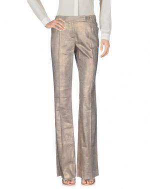 Повседневные брюки JOHN GALLIANO. Цвет: платиновый