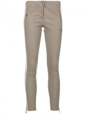 Эластичные брюки Lacay Arma. Цвет: коричневый