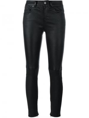 Кожаные брюки кроя слим Saint Laurent. Цвет: чёрный