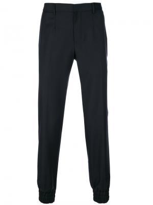 Классические брюки с эластичными манжетами Wooyoungmi. Цвет: синий