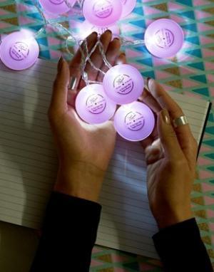 Tatty Devine Светящаяся гирлянда из музыкальных пластинок. Цвет: мульти