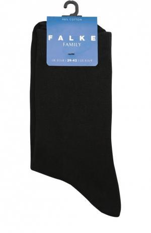Носки из эластичного хлопка Falke. Цвет: черный