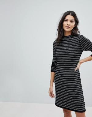 Esprit Трикотажное платье в полоску. Цвет: черный