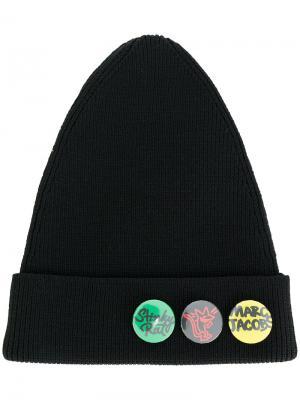 Шапка-бини со значками Marc Jacobs. Цвет: чёрный