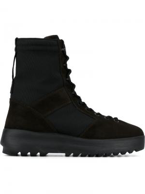Ботинки Season 3 в стиле милитари Yeezy. Цвет: коричневый