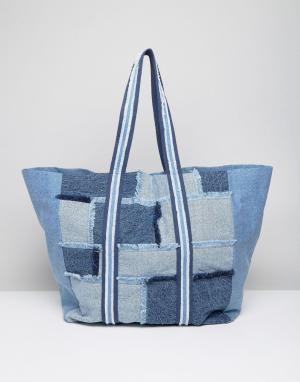 ASOS Джинсовая большая сумка-шоппер в стиле пэтчворк LIFESTYLE. Цвет: синий