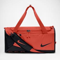 Спортивная сумка для школьников  Alpha Adapt Crossbody Nike. Цвет: оранжевый
