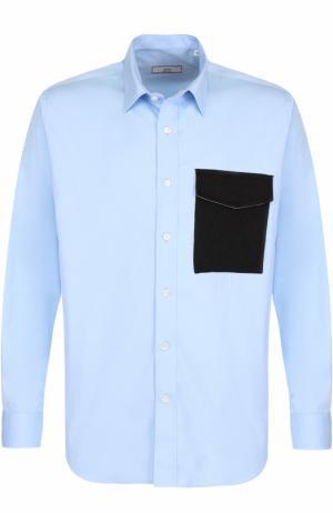 Хлопковая рубашка свободного кроя Ami. Цвет: голубой