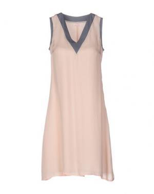 Короткое платье JUST IN CASE. Цвет: светло-розовый