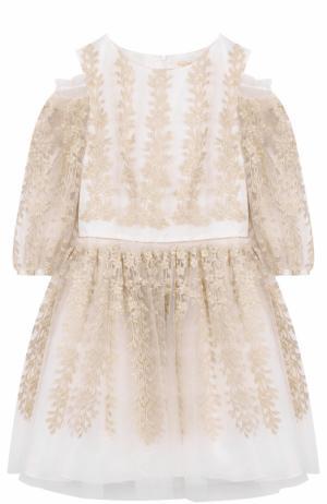 Платье-миди с металлизированной вышивкой и открытыми плечами David Charles. Цвет: белый