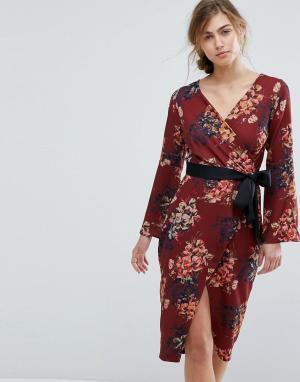 Closet London Платье-футляр с ремнем и цветочным принтом. Цвет: мульти