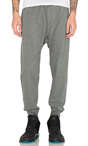 Спортивные штаны namath Brandblack. Цвет: серый