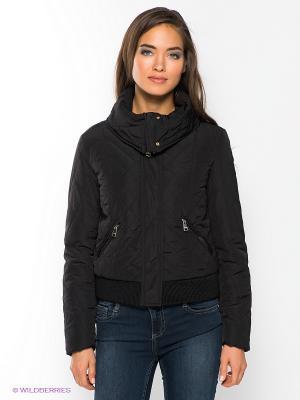 Куртка GUESS. Цвет: черный