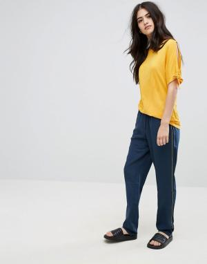 Vila Широкие брюки со складками. Цвет: темно-синий