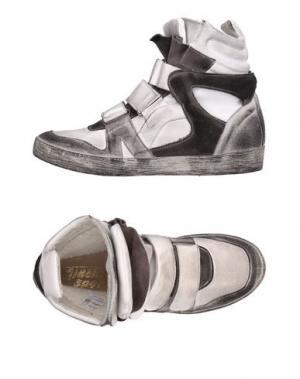 Высокие кеды и кроссовки GIACKO. Цвет: белый