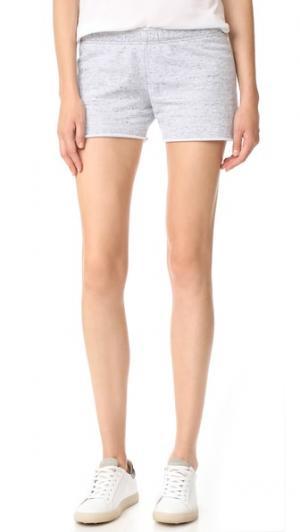 Прожженные шорты MONROW. Цвет: серый меланж