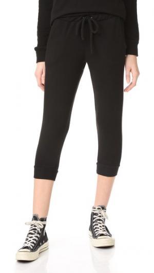 Укороченные брюки с напуском и завязками на талии Chaser. Цвет: настоящий черный