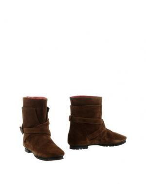 Полусапоги и высокие ботинки KUDETÀ. Цвет: темно-коричневый