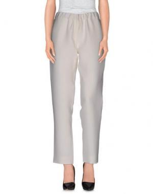 Повседневные брюки N_8. Цвет: белый