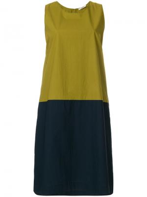 Платье шифт дизайна колор-блок Odeeh. Цвет: зелёный