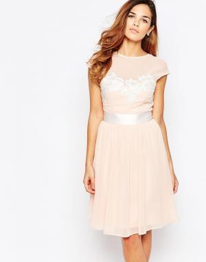 Elise Ryan Приталенное платье миди с цветочным кружевом. Цвет: розовый