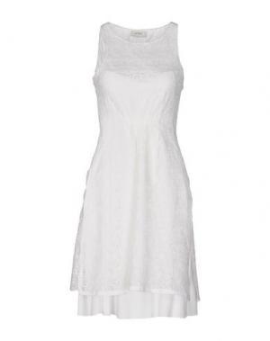 Платье до колена ALPHA STUDIO. Цвет: белый