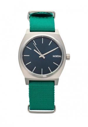 Часы Nixon. Цвет: зеленый