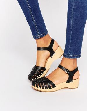 Swedish Hasbeens Черные кожаные туфли на плоской подошве с эффектом змеиной кожи Swedis. Цвет: черный
