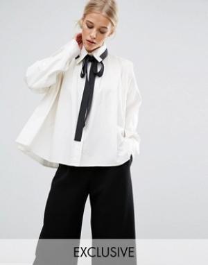 Zacro Рубашка со складками и контрастной завязкой. Цвет: белый